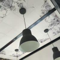 Dalle de plafond showroom