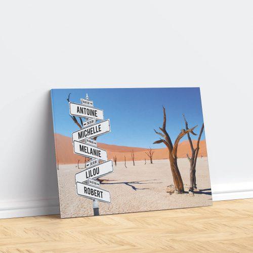 tableau de prenoms personnalise sur toile avec fond desert