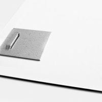 fixation tableau plexiglass ou aluminium