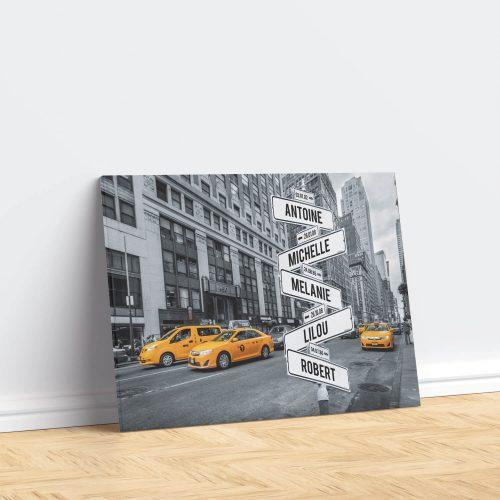 tableau de prenoms personnalise sur toile avec fond new york
